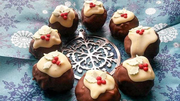 Mini Christmas Pudding Truffles